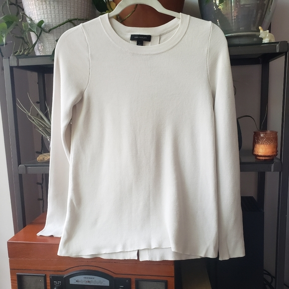 Ann Taylor Sweater with split back, white small